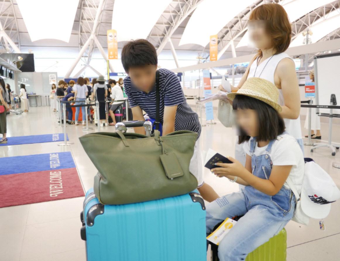 グリフィンランドのTSAロック式スーツケースがグアム旅行に最適で最安値